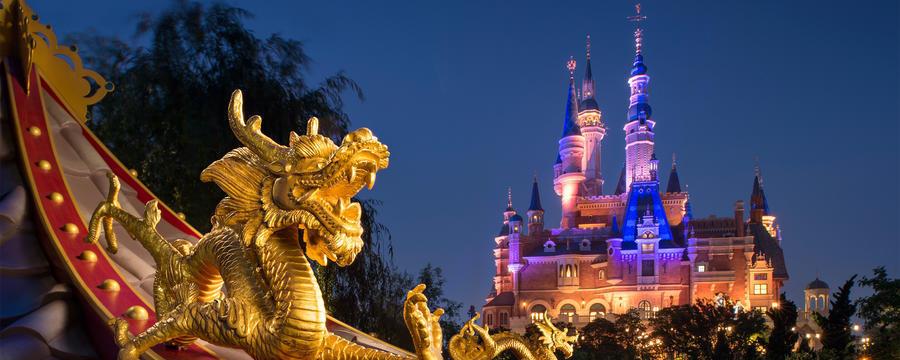 """""""明暗分けるは中国?"""" 「絶対王者・ディズニー」に迫り来る「不屈の挑戦者・USJ」の価格戦略とは 3番目の画像"""