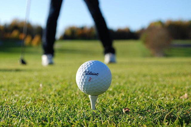 そろそろ付き合いでゴルフ場デビューのあなたに! 基本中の基本「ゴルフマナー」集 1番目の画像