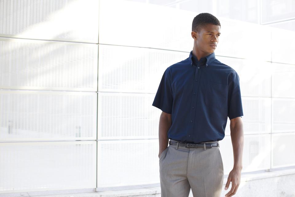 """どこまでがビジネスマナー? """"半袖シャツ""""でクールビズ 1番目の画像"""