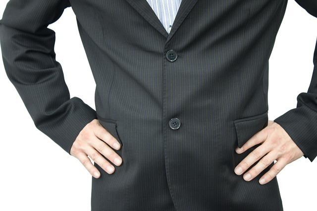 """どこまでがビジネスマナー? """"半袖シャツ""""でクールビズ 4番目の画像"""