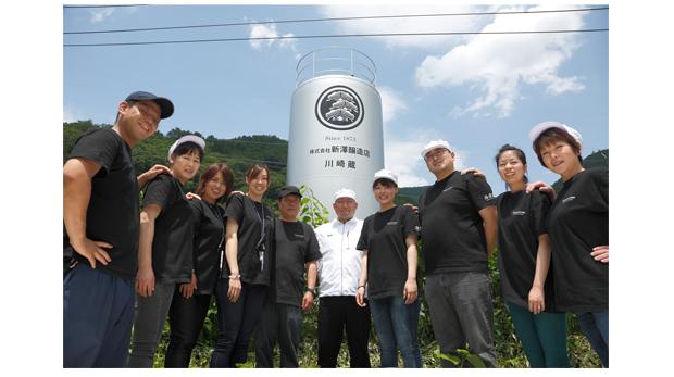 """蔵の全壊から「日本一美味しい日本酒」へ:""""新澤醸造店""""が紡ぐ、伝統の140年間と復興の5年間 3番目の画像"""