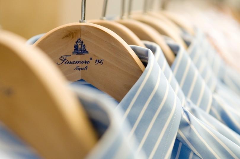 """「本当の服好き」が選ぶシャツ、それが""""ナポリシャツ"""":大きく高い襟で上品なスタイルを実現せよ。 2番目の画像"""