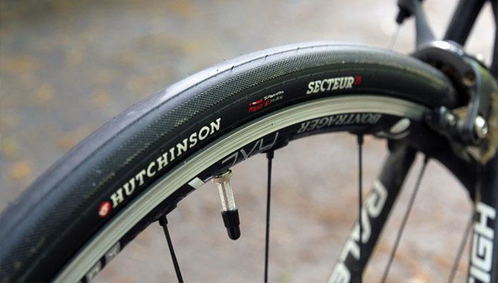 ロードバイクのタイヤサイズ規格! サイズ確認の注意点は? 1番目の画像