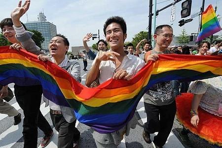LGBT人口は、左利き人口とほぼ同じ。:一橋大生の自殺からわかるLGBTが「生きづらい」世の中 5番目の画像