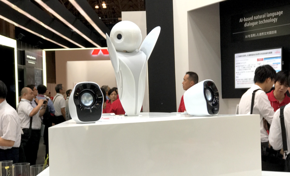 西田宗千佳のトレンドノート」:コミュニケーションロボットの覇権争い、勝負は「顔」にアリ? 5番目の画像