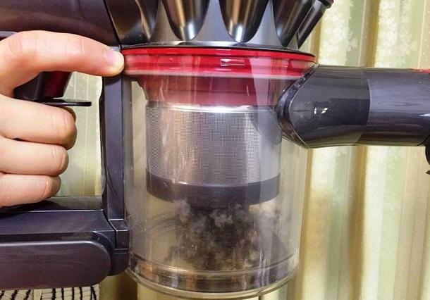 大掃除に大活躍!! 使って実感、冬のボーナスでダイソンの最新掃除機「V8」を買うべき理由 3番目の画像