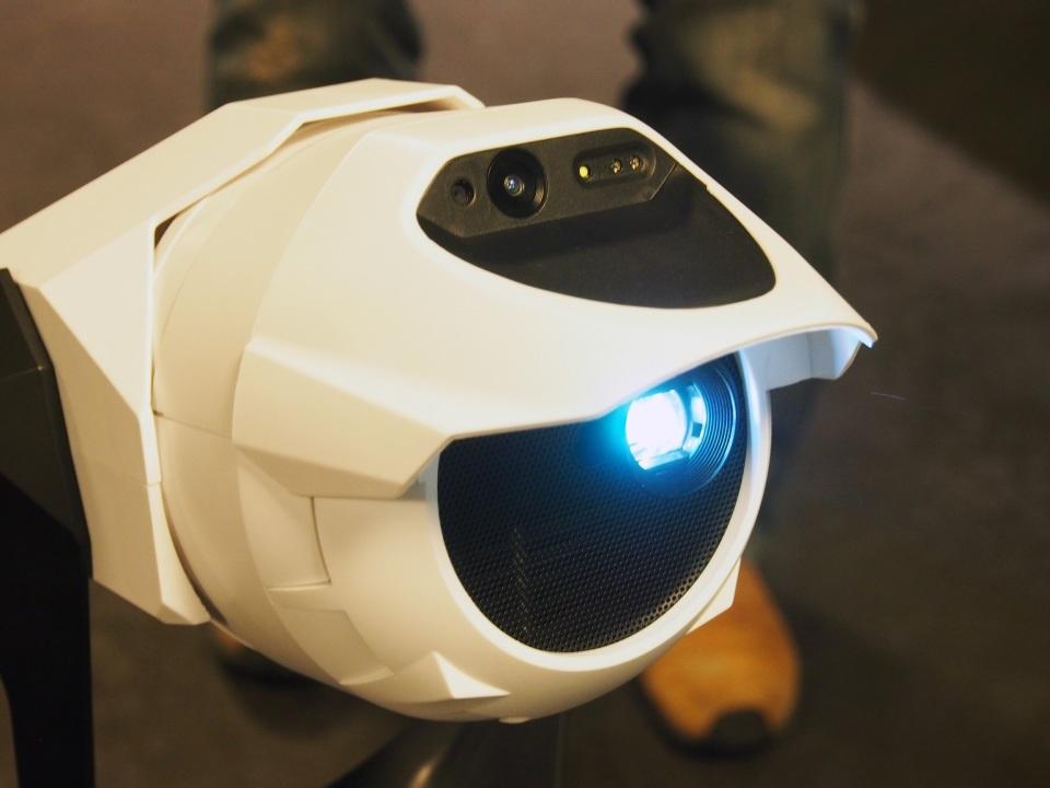 壁や天井がディスプレイに!Cerevoがプロジェクター搭載ロボット「Tipron」を発売 3番目の画像