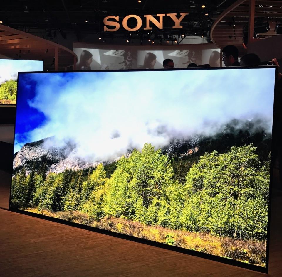 西田宗千佳のトレンドノート:2017年が「OLEDテレビイヤー」になった理由 2番目の画像