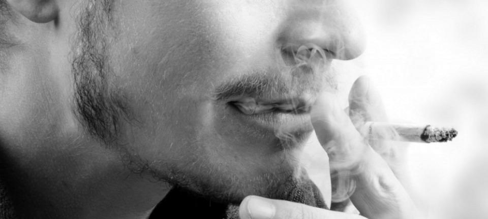 世界的に飲食店を全面禁煙にしてないのは日本だけ? 禁煙強化案への懸念で感じる喫煙大国・日本の姿 3番目の画像