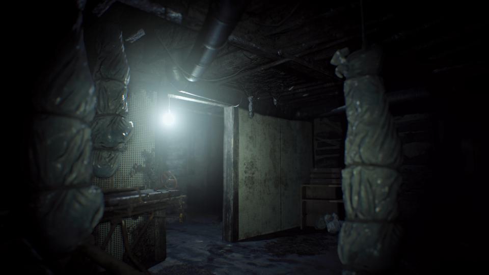 PS VR対応、あまりの恐怖に脳が痺れる!:『バイオハザード7 レジデント イービル』 6番目の画像