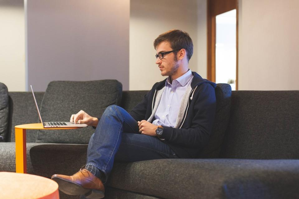 自分の働き方を考える:「働き方の選択」「新しい働く環境」を提供する国内企業の取り組み 2番目の画像