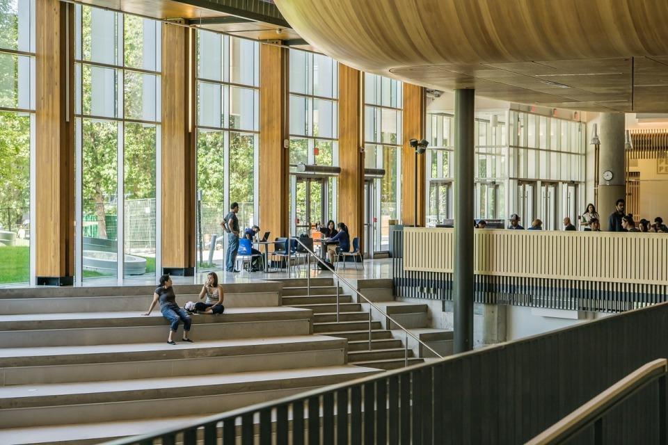 優秀な学生は日本の大学から離れていく:2020年導入テストは「教科別」を廃止? 1番目の画像