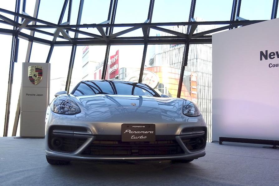 スポーツカー並みの運動性能を持ったラグジュアリーカー! ポルシェ「パナメーラ」の新型が発表 3番目の画像