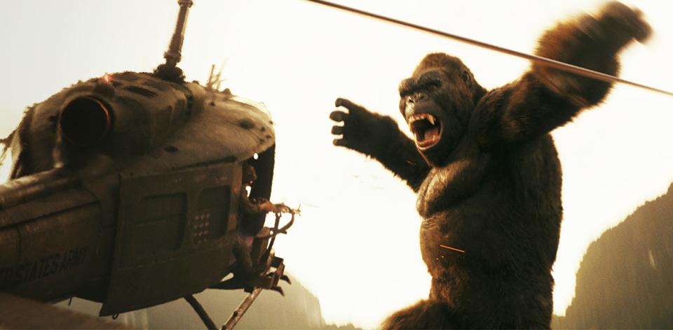 映画「キングコング」の最新作で盛り上がる広背筋と地響き伴う唸り声を視覚と聴覚でとらえよう!! 2番目の画像