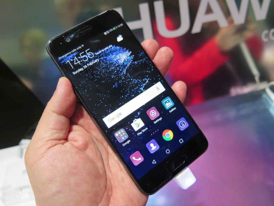 世界最大のモバイル展示会「MWC 2017」で日本発売が期待されるスマートフォンを速攻レビュー! 8番目の画像
