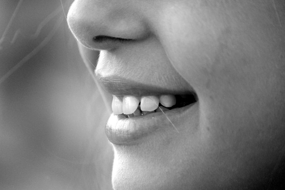 「最近自分の口が臭うような気がする…」それは花粉症が原因かもしれない 1番目の画像