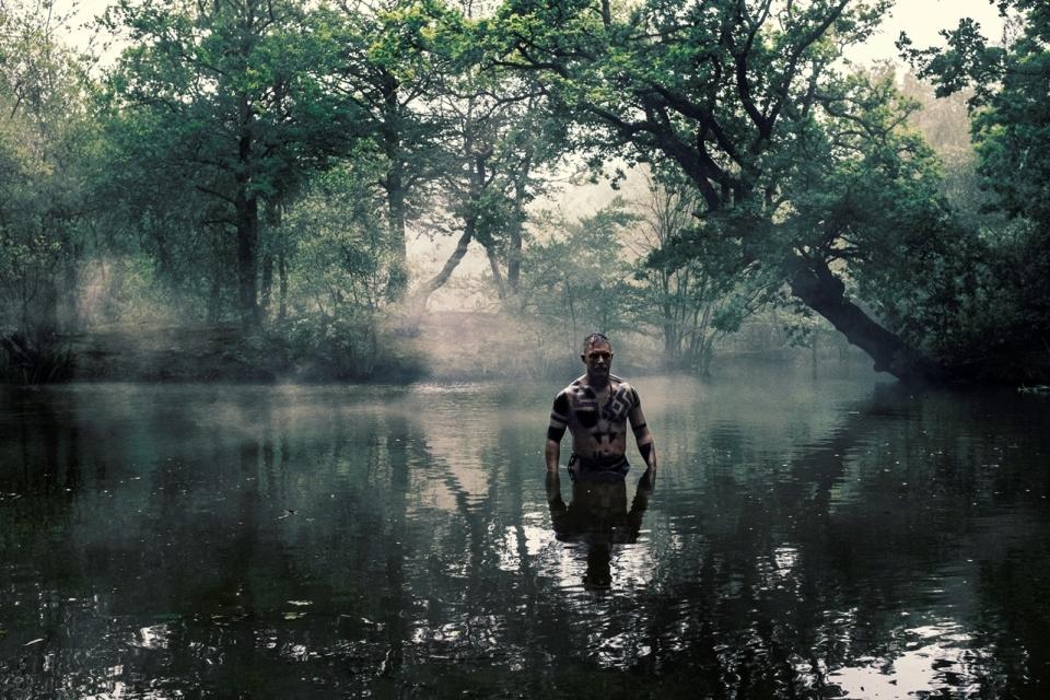 トム・ハーディが全裸で演じた危険な歴史ドラマ「TABOO」が日本放送開始間近! 5番目の画像