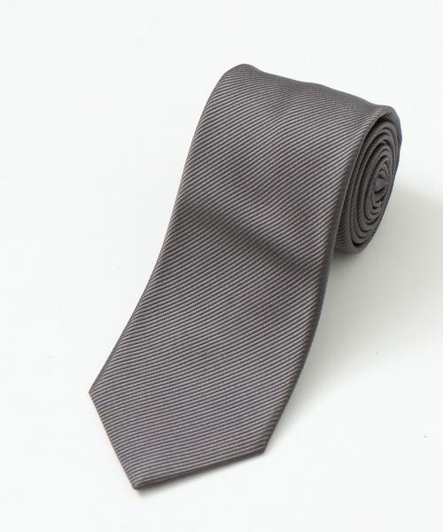 もう一度見直したいスーツコーディネート術。スーツ×シャツ×ネクタイの基礎知識から再確認 3番目の画像