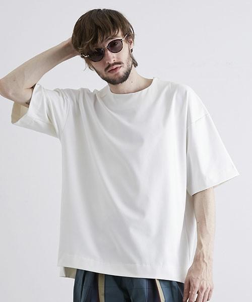"""今夏のTシャツ、キーワードは""""ビッグシルエット"""":最旬シルエットで「シンプル」のその先へ 7番目の画像"""
