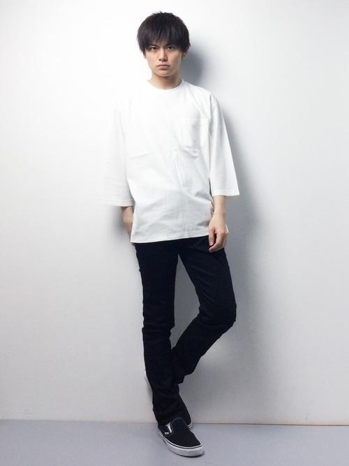 """今夏のTシャツ、キーワードは""""ビッグシルエット"""":最旬シルエットで「シンプル」のその先へ 2番目の画像"""