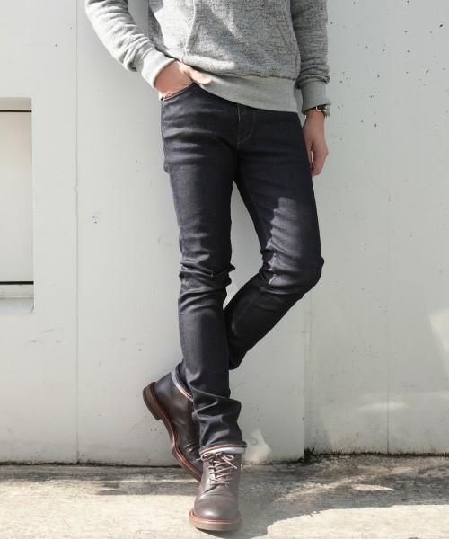 スリムなジーンズだけど、財布の紐は緩くなる? 人気の「スキニージーンズ」選ぶならこれを選べ! 2番目の画像