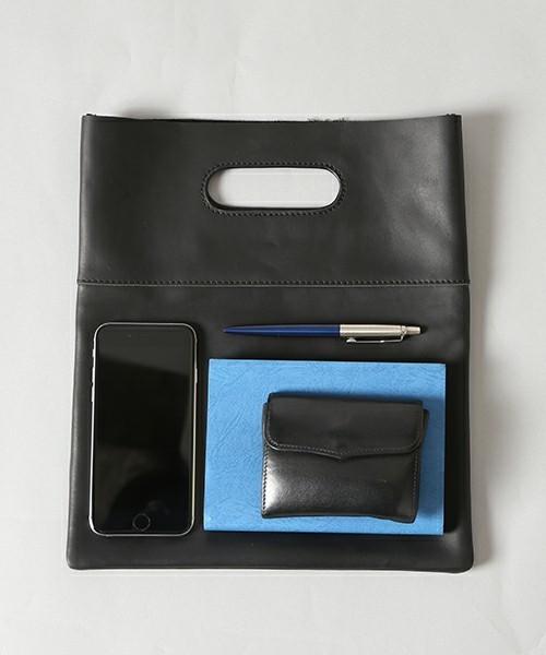 オトナの新常識アイテム「バッグインバッグ」を都会的に着こなす 2番目の画像