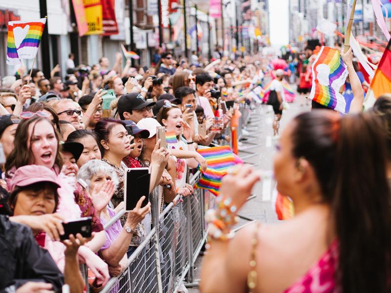 トロントの壮大なLGBTプライドパレードへようこそ 3番目の画像