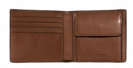 丈夫でハイセンス。永く愛せるCOACHの二つ折り財布 7番目の画像
