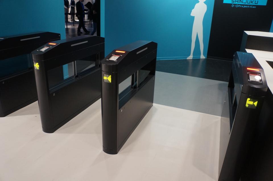 エヴァや攻殻、ガンダムがVRゲームになって登場!新宿にオープンした国内最大級VR施設体験レポ 2番目の画像