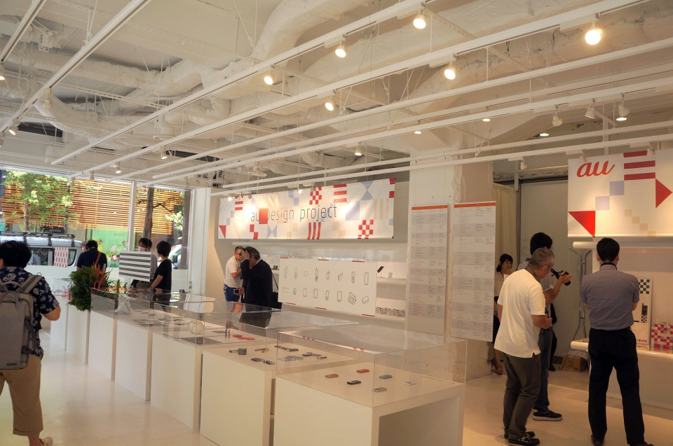 au Design projectの15年がわかる「ケータイの形態学 展」に行ってみよう 1番目の画像