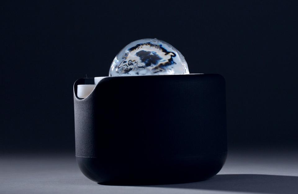"""BARのような""""透明な丸氷""""で宅飲みの格を上げる製氷機「Polar Ice」 8番目の画像"""
