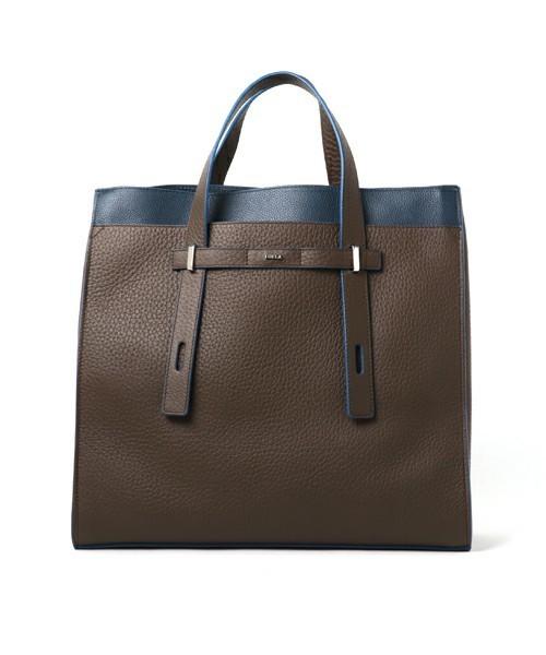 男女を魅了する美しさを秘めたFURLAのビジネスバッグ 6番目の画像