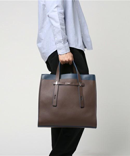 男女を魅了する美しさを秘めたFURLAのビジネスバッグ 1番目の画像