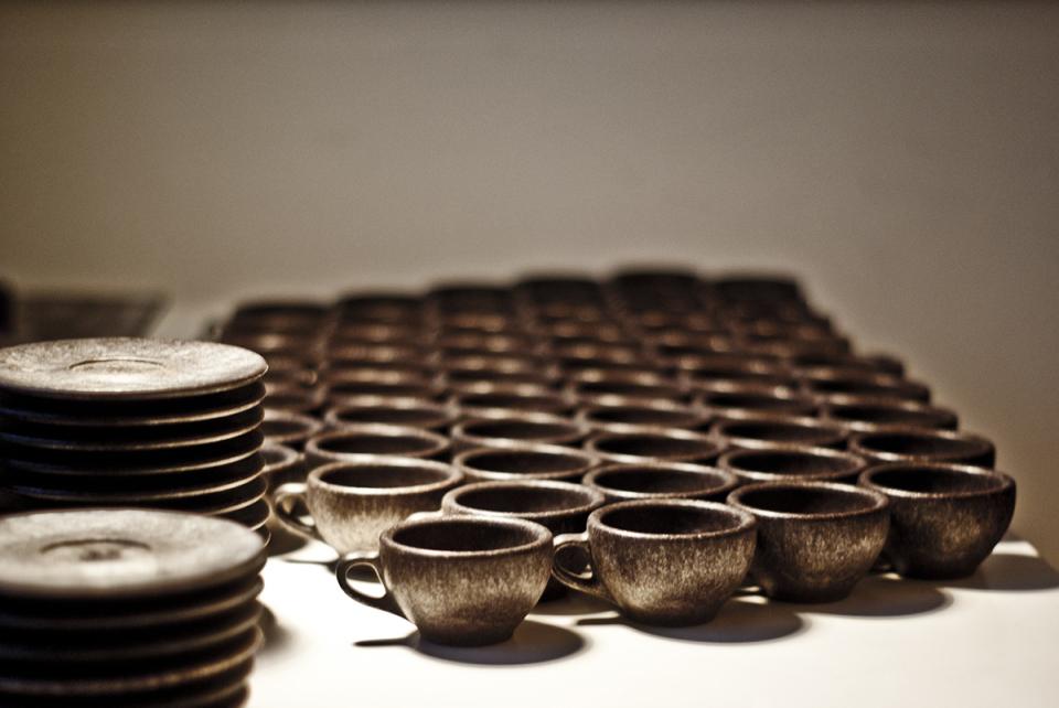 抽出後の豆かすがおしゃれに生まれ変わる、環境に優しいコーヒーカップで味わう至福の一杯 7番目の画像