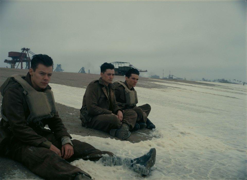 本物の戦闘機がドッグファイトし、本物の駆逐艦が海に浮かぶ!映画「ダンケルク」の半端ない臨場感! 3番目の画像