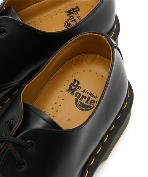 ブーツだけじゃない!世界中で愛される永遠の定番シューズ「ドクターマーチン」の魅力 8番目の画像