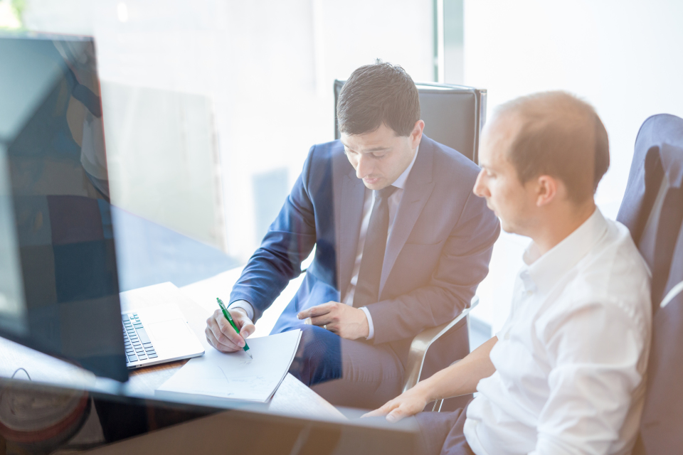 仕事の効率を上げる「報告・連絡・相談(ホウレンソウ)」の基本とコツ 8番目の画像