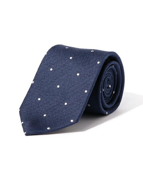 【完全版】王道「ネイビースーツ」の着こなし術:ネイビースーツの基礎からワンランク上のおしゃれまで 8番目の画像