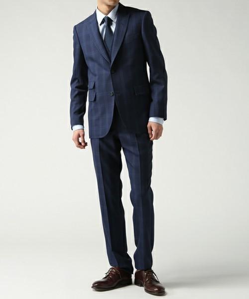 【完全版】王道「ネイビースーツ」の着こなし術:ネイビースーツの基礎からワンランク上のおしゃれまで 22番目の画像