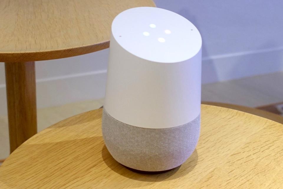 西田宗千佳のトレンドノート:Google Home、ついに日本登場。ライバルとどう違う? 4番目の画像