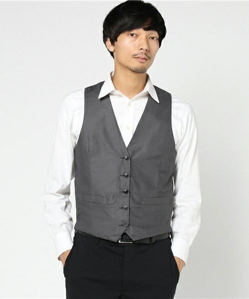 結婚式にNGなスーツって?男性ゲストの結婚式服装マナー&王道スーツコーデ 15番目の画像