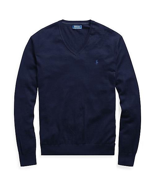 秋冬のスーツスタイルは「セーター」を取り入れる! スーツとセーターの着こなしを徹底解説 14番目の画像