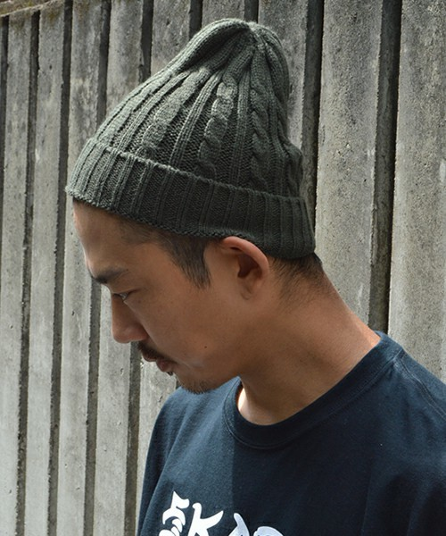 前髪、耳は出すのが正しい? メンズニット帽のかぶり方&おしゃれな着こなし術 6番目の画像