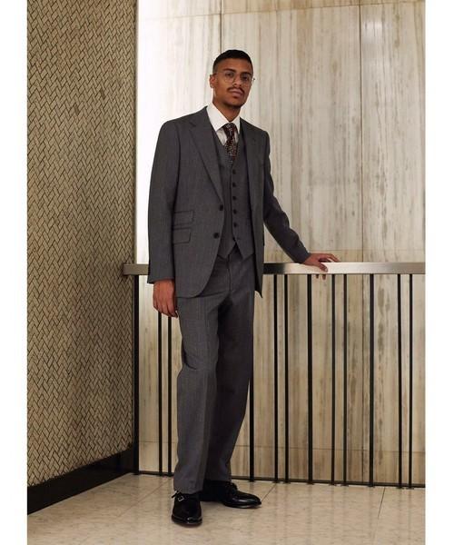 お洒落にスーツ×ベストを着こなすコツ。スーツ×ベストのおすすめコーデ集 4番目の画像