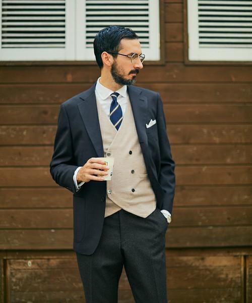 お洒落にスーツ×ベストを着こなすコツ。スーツ×ベストのおすすめコーデ集 12番目の画像