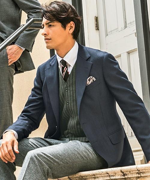 お洒落にスーツ×ベストを着こなすコツ。スーツ×ベストのおすすめコーデ集 15番目の画像