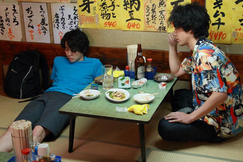 菅田将暉が号泣しながら解散ライブの舞台に立つ映画版「火花」の臨場感!! 2番目の画像