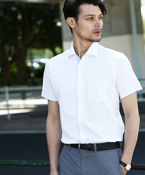 覚えておきたい!半袖のワイシャツを着ている際のネクタイのマナー 1番目の画像