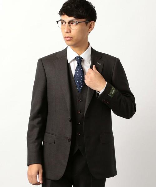 秋冬スーツの新定番「ブラウンスーツ」:ブラウンスーツのおしゃれな着こなしでワンランク上を目指す 7番目の画像