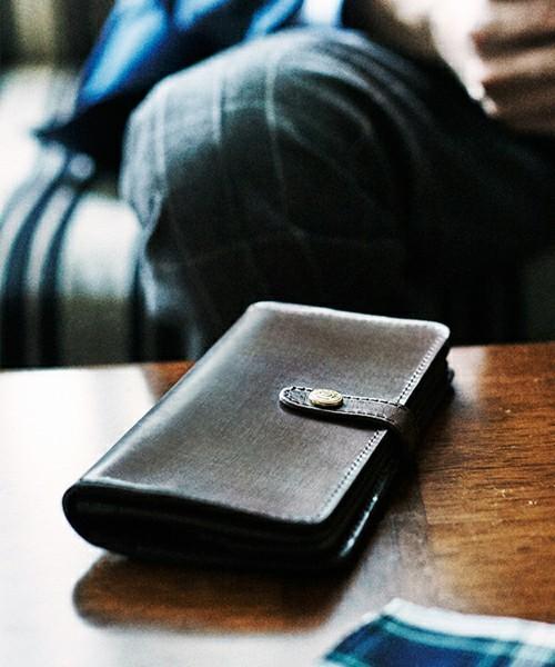 ボーナスで買いたい!男を上げるブランド革財布【長財布編】 6番目の画像